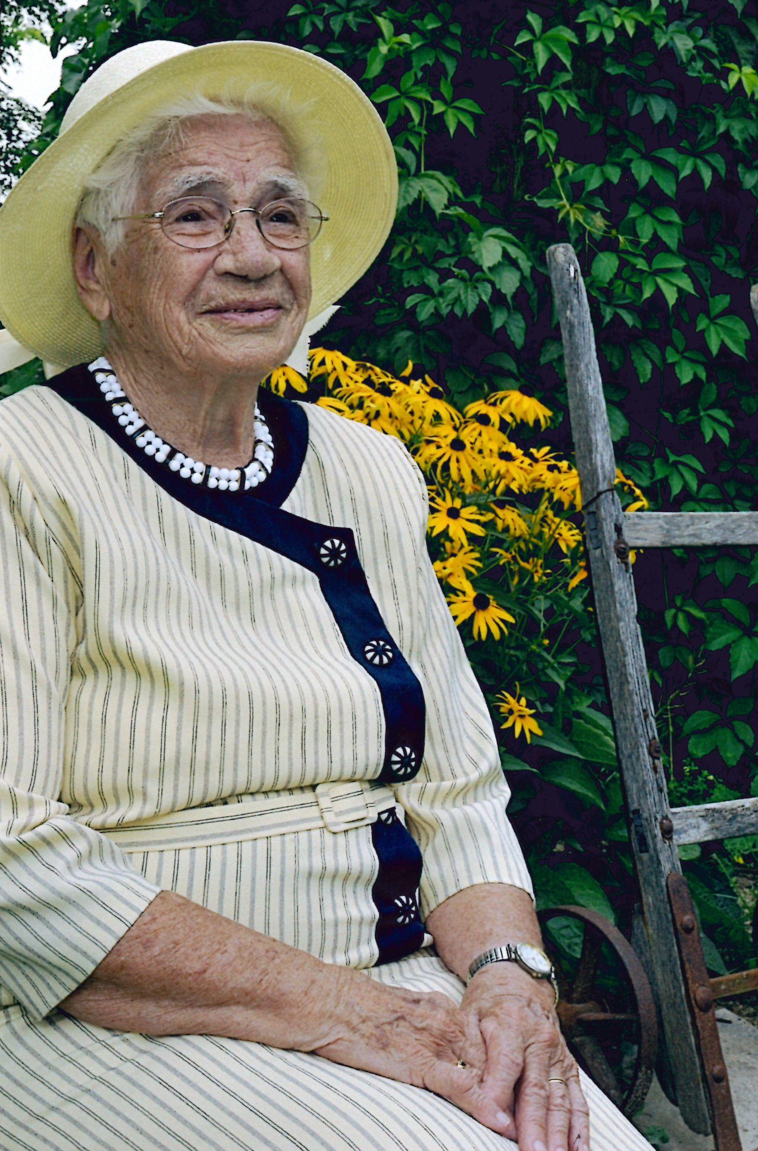 WELLS: Iva Marie (Tiny) (Baker) of Exeter