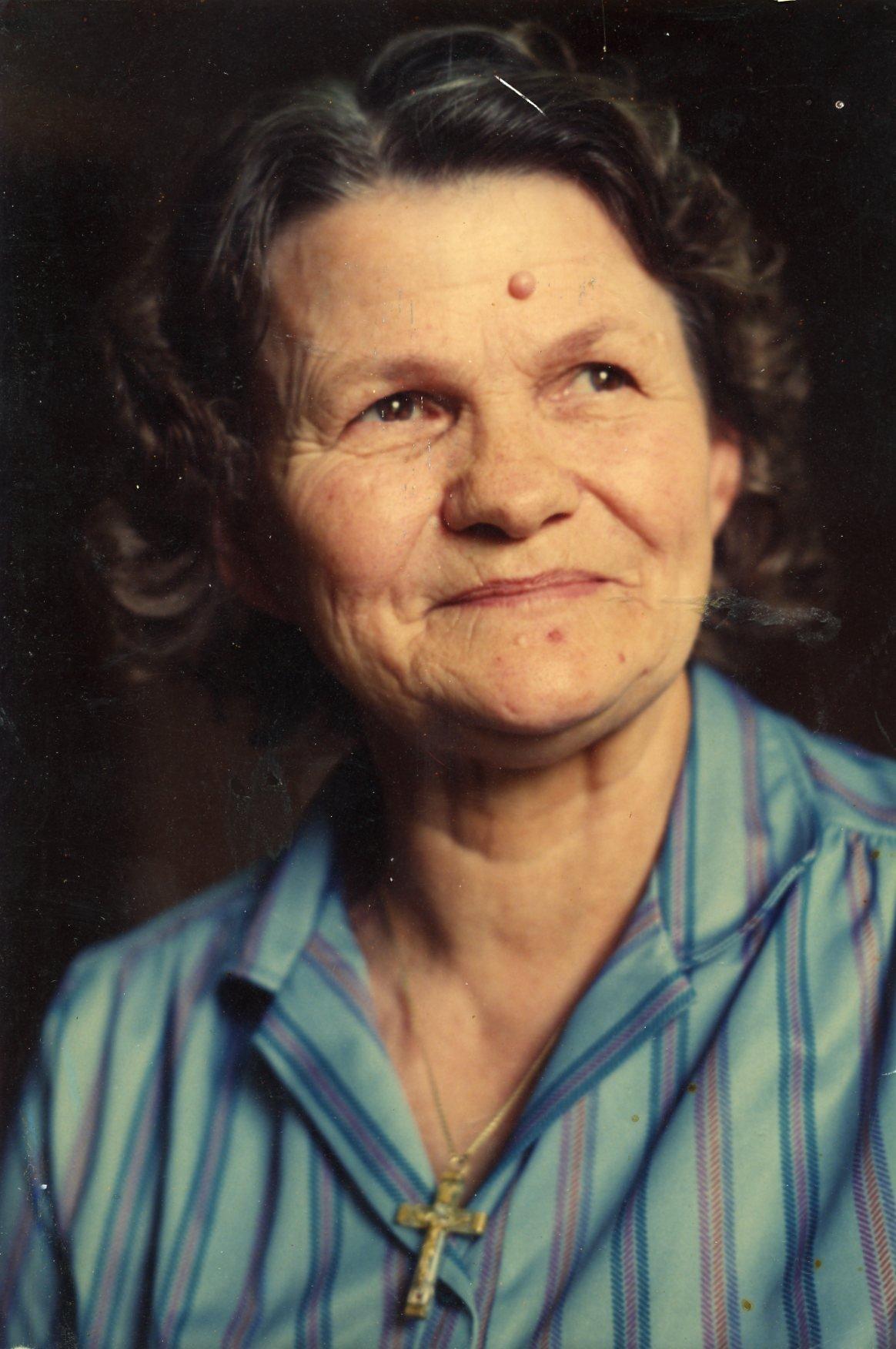 Nellie HiIIyard HiIIyard